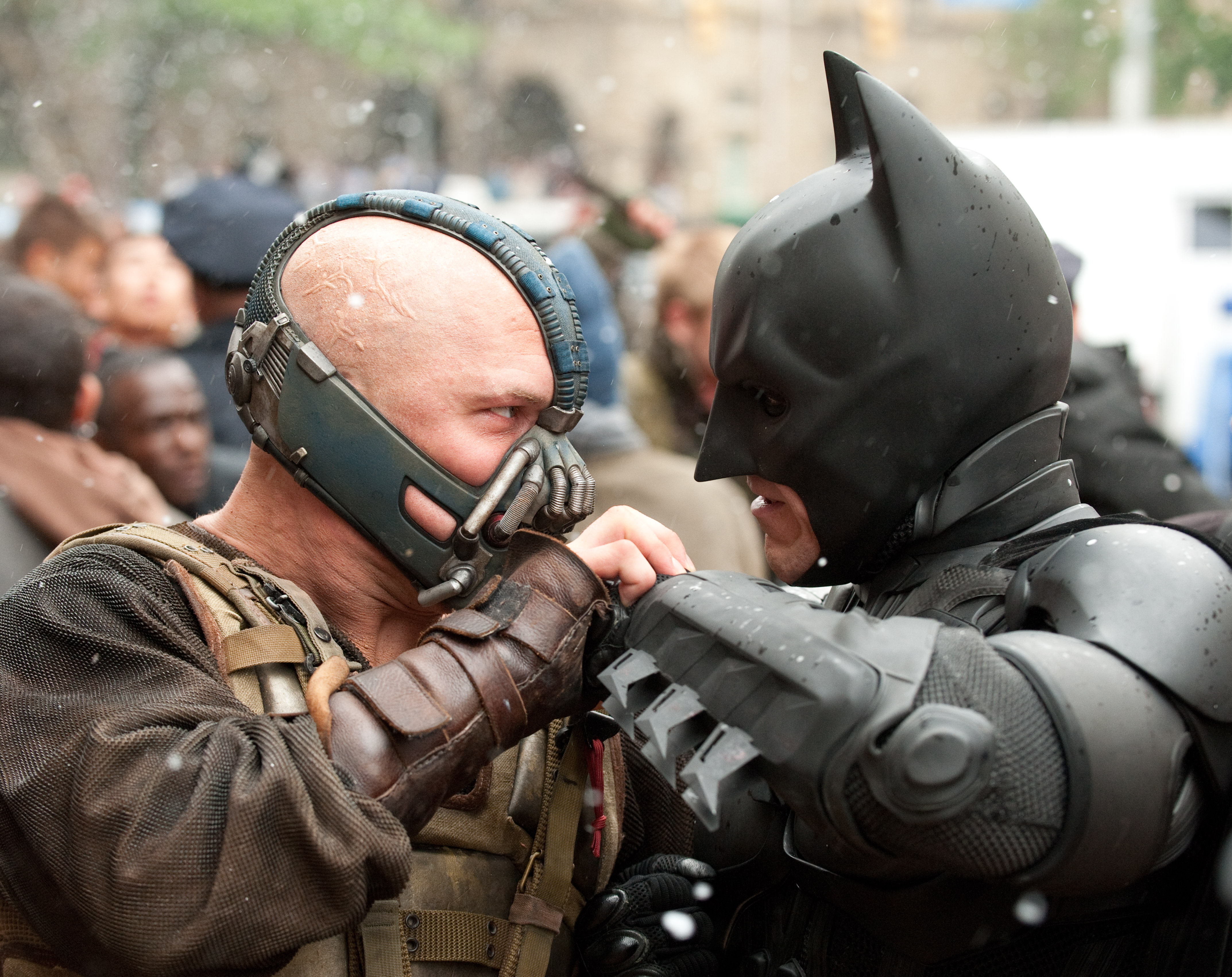 http://themoviebros.files.wordpress.com/2012/05/darkknight.jpg